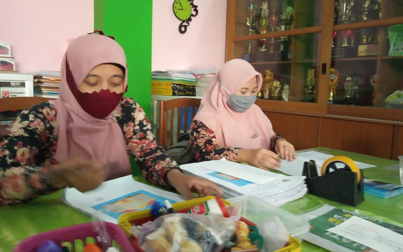 Yayasan ABA 12 Kota Malang, Beri Bea Siswa 2 Guru S1 PAUD 1