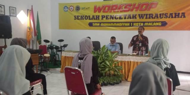 Pengawas Diknas Jatim Dukung Kelas Wirausaha SMK Muhisa 1