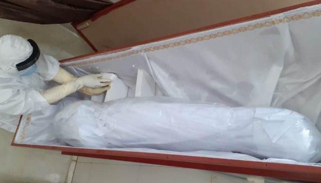mayat covid aaa