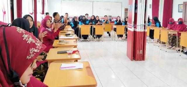 Siswanya Dapat Uang, Daftar Saja di SMK Muda Sekolah CoE 2
