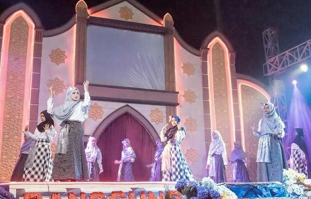 Panggung Spektakuler SAPG Aksi Talenta Santri Babussalam Karangploso 1