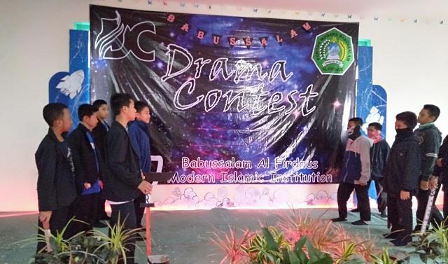 Drama Contest, Strategi Peningkatan Kualitas Bahasa Asing Santri 1