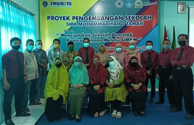 Cetak Siswa SMK MITA Sidoarjo Lulus Wirausaha, MoU UMKM 1