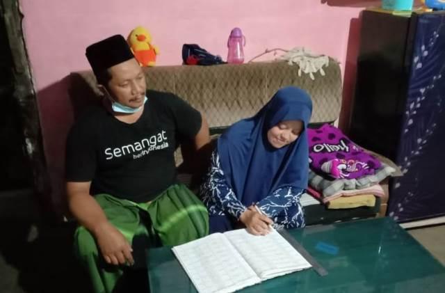 YBMBRI Angkat Succes Story Mustahiq PKUR Bakul Tempe Pakisaji 1