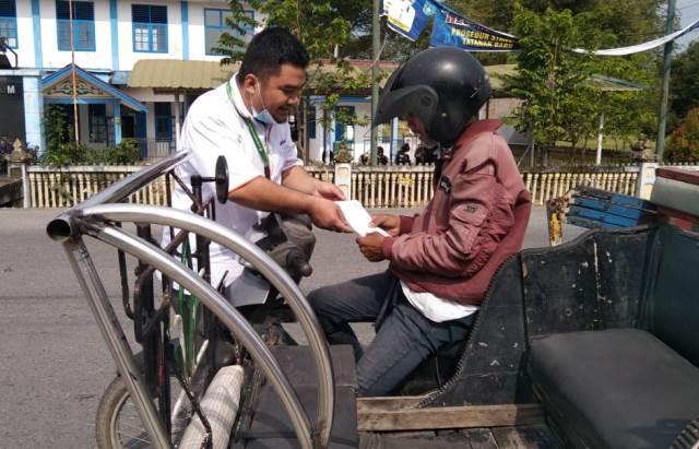 Lazismu Kota Langsa Aceh Salurkan Zakat Puluhan Tukang Becak 1