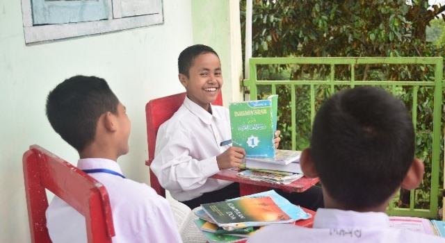 Santri Ponpes Babussalam Al-Firdaus Ujian Lisan Bahasa Asing-Al Qur'an 2