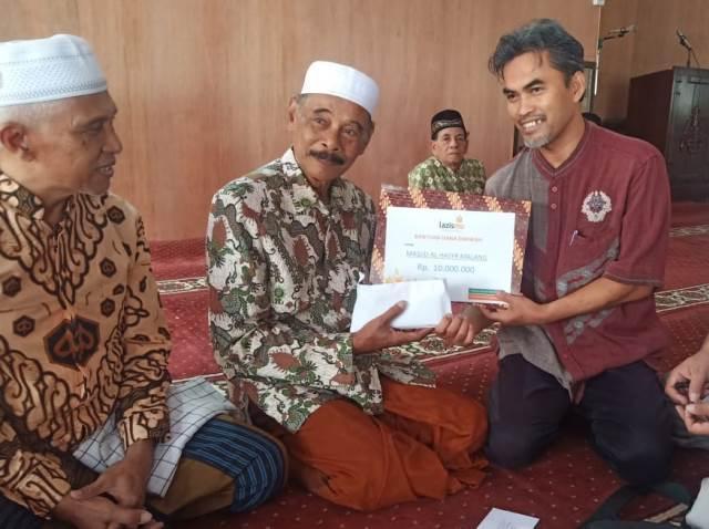 Bantuan Uang Lazismu Kota Malang Pada Masjid CMM Deras Mengalir 1