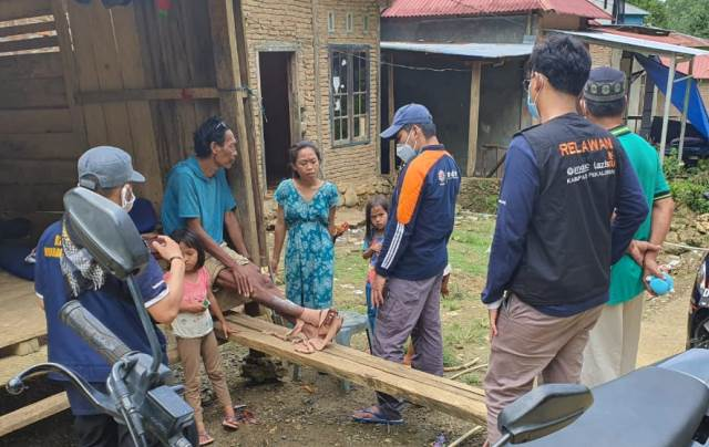 Tim Medis RSI Aisyiyah Malang, Pengungsi Mulai Terserang Penyakit 1