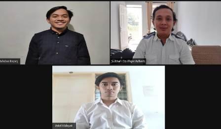 Prihatin Limbah Sungai Tiga Mahasiswa UMM Inovasi Saringan Sampah 1