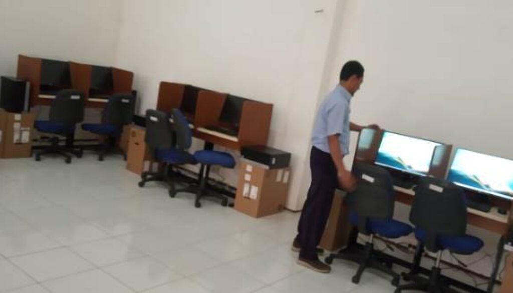 smkm 1 bantu komputer aa