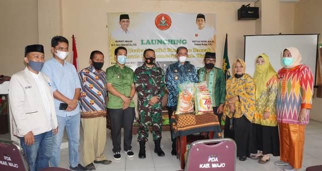 Launching Tunas Perkasa-Surya Melati, Bupati Amran Mahmud Borong Beras PDPM Wajo 2