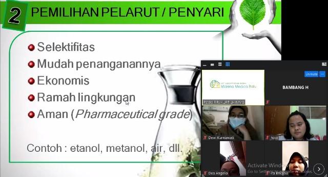 Silver Expert Materia Medica Batu Ajarkan Siswa Kimia Industri SMK PIM Ekstrasi Simplisia 1