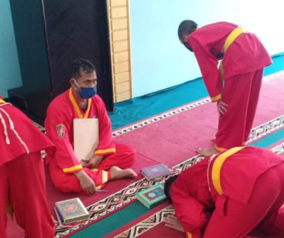Pendekar Tapak Suci Uji Jurus 84 Peserta UKT Kota Malang 1