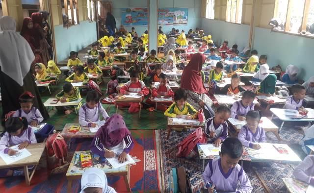 Ratusan Siswa TK Manggeng Raya Sambut Ramadhan Lomba Mewarna 1