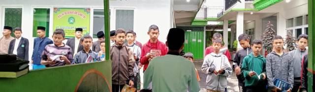 Pakai Dua Kamus Rujukan Internasional, Santri Babussalam Lancar Arab-Inggrisnya 1