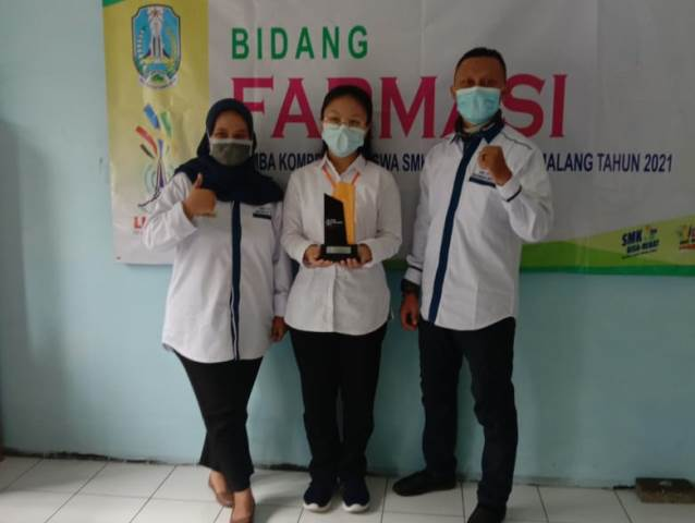 LKS Kota Malang, 2 Siswa SMK PIM Juara Chemistry-Farmasi 1