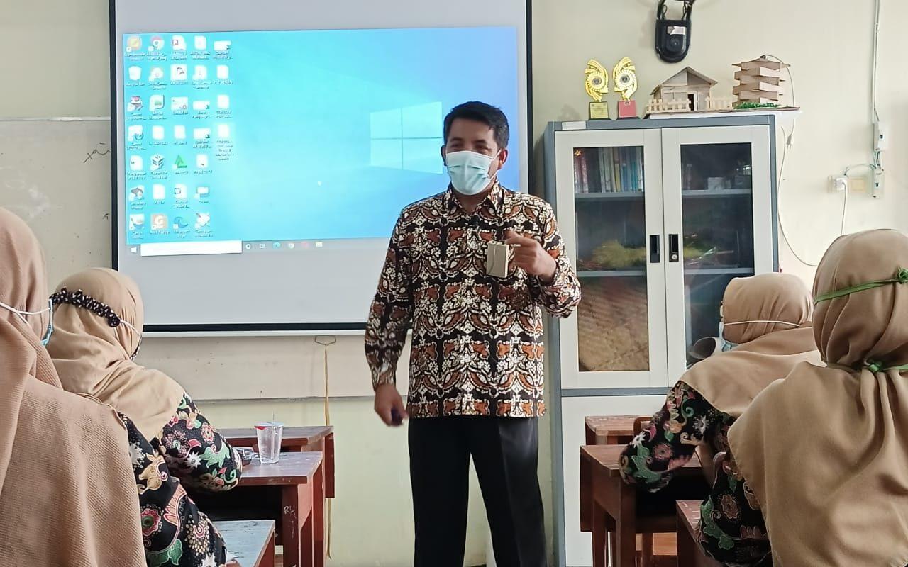 Guru SMK MITA Pelatihan AKM Sekaligus Mutu Sekolah-SDM 1