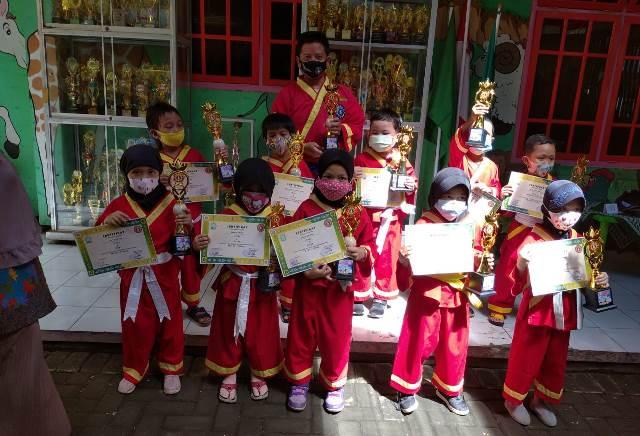 Sebelas Atlit Tapak Suci ABA 17 Kota Malang Raih Juara Lokal 1