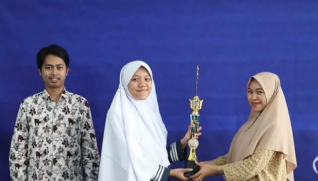 Viral, Allea Santriwati Matsamutu Nol Matematika Menjadi Juara Satu Olimpiade 1