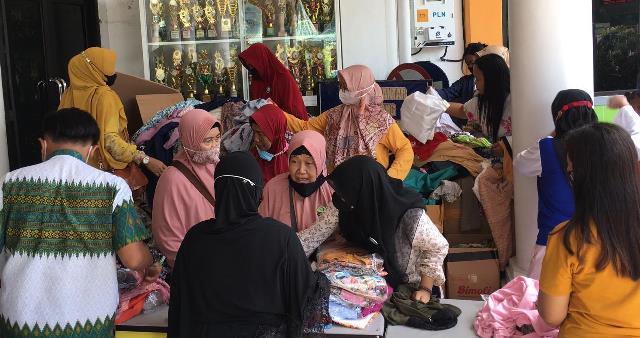 Sambut Ramadhan Yayasan Masjid Khadijah Gelar Pasar Murah-Sembako Dhuafa 1