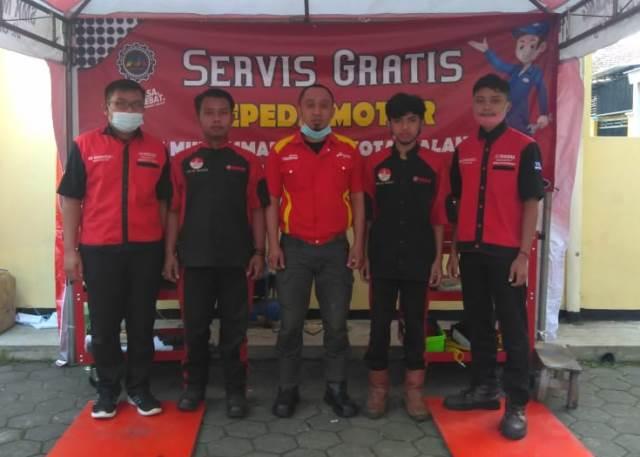 Puluhan Motor Jama'ah Asy Syura, Tuntas Servis Siswa SMK Muhisa 1