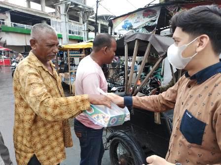Ratusan Dhuafa Kota Langsa Aceh Terima Nasi Berkah Lazismu 1