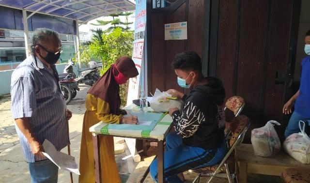 Santuni Warga Sekitar Panti, Beri Uang Saku Santri Rihlah Asal Daerah 1