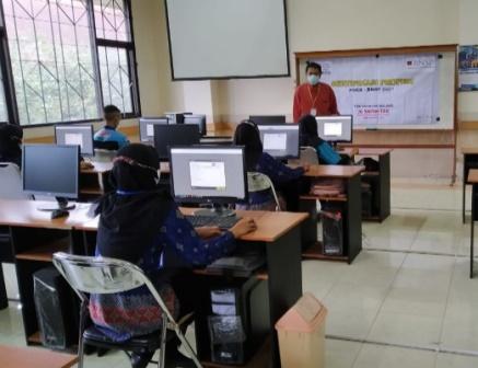 Belasan Siswa SMK Muda Lulus Ujian Sertifikasi Profesi, Siap Kerja Daftar Saja 1