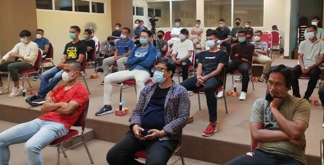 Pesan Rektor Fauzan, Pemain HW FC Kendalikan Emosi Bermain Bola Irama Golfi 1