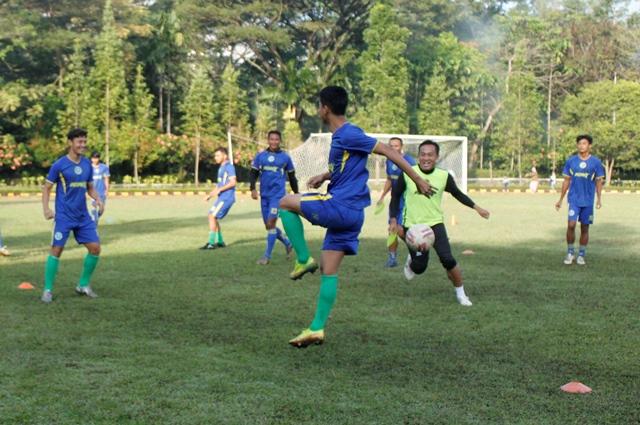 Taufiq Kasrun Kapten HW FC Kuncinya Komunikasi Antar Pemain 1