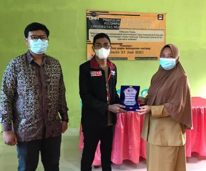 PMM 17 UMM Sosialisasi Kesehatan Warga Sukomulyo Tanggap Covid New Normal 2