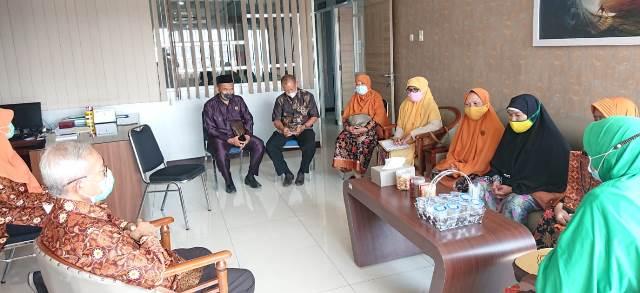 Rahmad Allah-Air Mata Bahagia Iringi Proses Pembebasan Lahan ABA 32 Kota Malang 1
