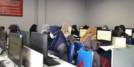 Siswa SMK MITA Ujian Kompetensi Keahlian Pra-LSP 1