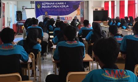 Atasi Problem Interview, SMK Muda CoE-Royal ATK Seminar Karir Rekruitmen Kerja 1