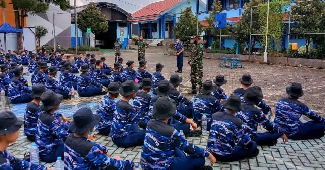 Kodim 0817-SMK Muhammadiyah 1 Gresik Diklat Siswa Taruna Satya 1