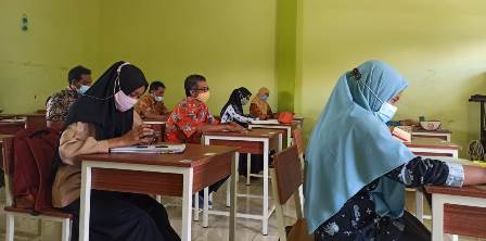 Guru SMP Muhasa Evaluasi Pembelajaran, Ganti Metode Tetap Materi 1