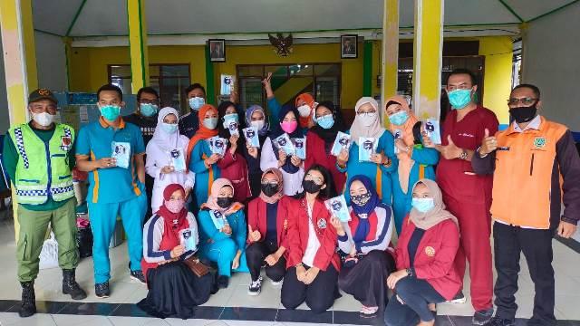 PMM 91 UMM Bagi Masker Gratis- Bantu Tim Medis Vaksin Lansia 1
