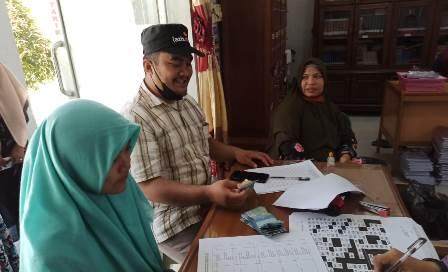 Lazismu Bayar Uang Masuk Dua Siswa Baru MAN 2 Langsa Aceh 1