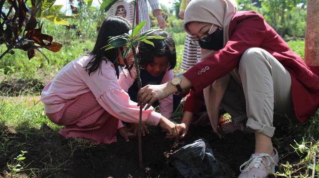 PMM 30 UMM Edukasi Anak Pandanmulyo Pertanian-Kerajinan Tangan 1