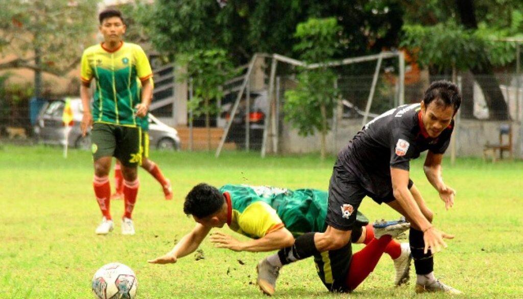 HW FC KALTENG