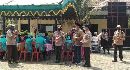 Rokhmad DPRD Kota Malang Berpantun, Peserta Vaksin Tambah Imun 1